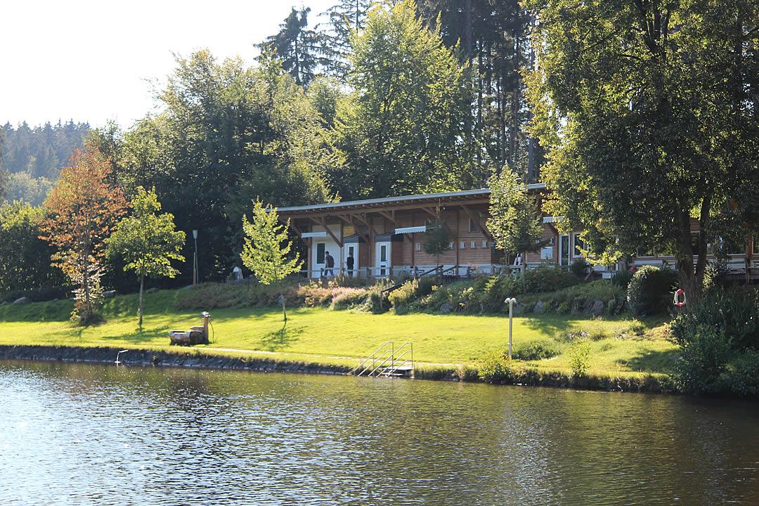 Camping Allgaeu - Badesee - Waldbad Isny - 9435