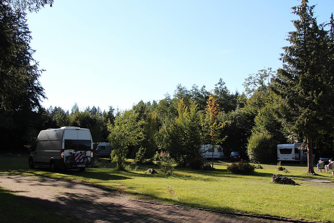Camping Allgaeu - Campingplatz - Waldbad Isny - 9517
