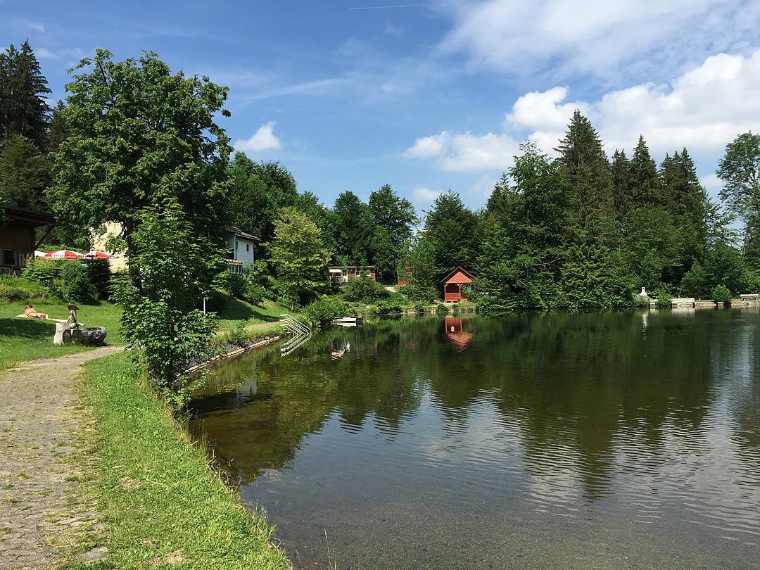 Camping Allgaeu - Ferienhaus - Waldbad Isny - 1404