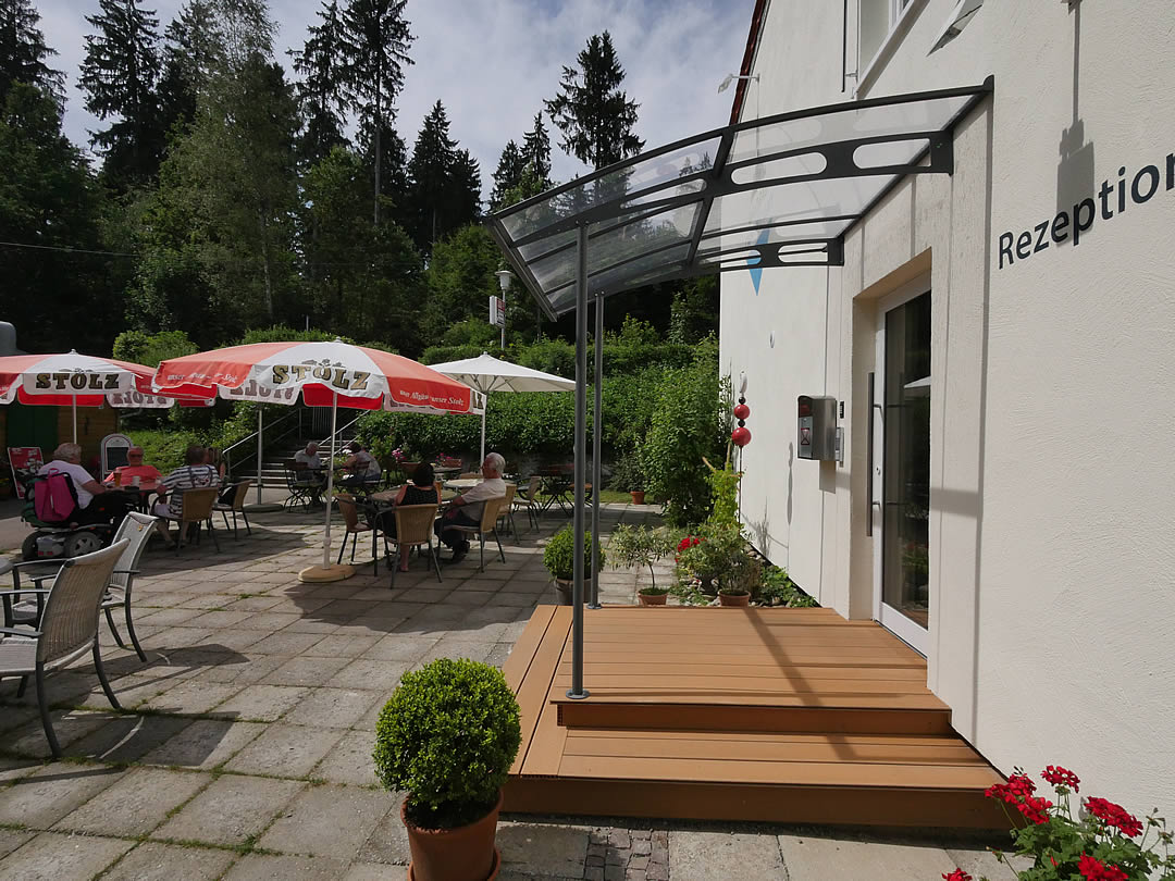 Camping Allgaeu - Rezeption - Waldbad Isny - P2510334